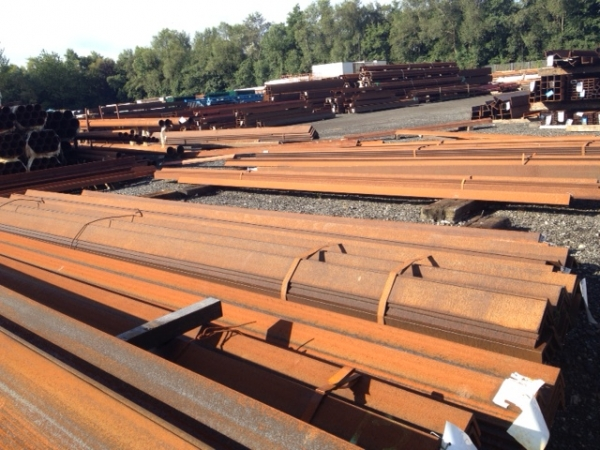 8.950 Mtrs Length 130mm x  130mm x 10mm Thick Unused Varying Atmospheric Rust Steel Angle