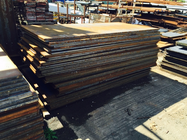 2.400 Mtrs Long x 1.200 Mtrs Wide x  18.5mm Thick  Road   Plate