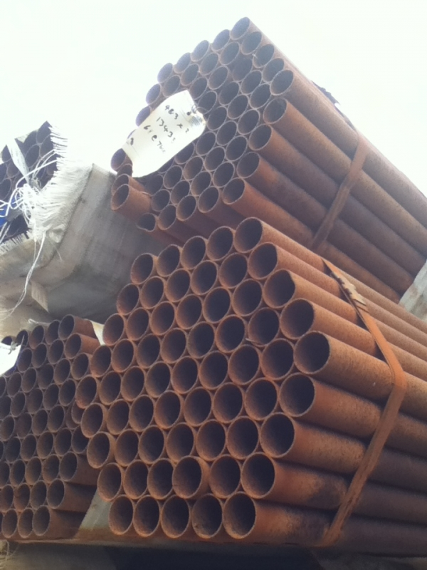 7.600 Mtr Lengths of 48.3mm x   2.5mm Unused Light Rust Steel Tube - Chs Drainage - Water Pipe