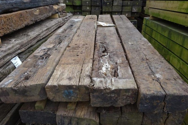 5\'\'x10\'\' x 8ft to 8ft6\'\' Long x Class 2 Second Hand Railway Sleeper