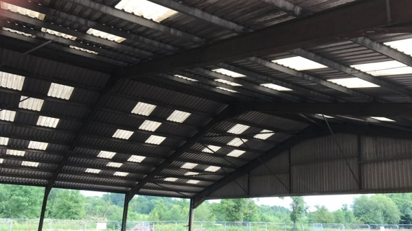 Second Hand 30.480 Mtr (100 Foot) Wide 18.280mtr (60 Foot) Long  Clear Span Portal Frame Building Steel Work
