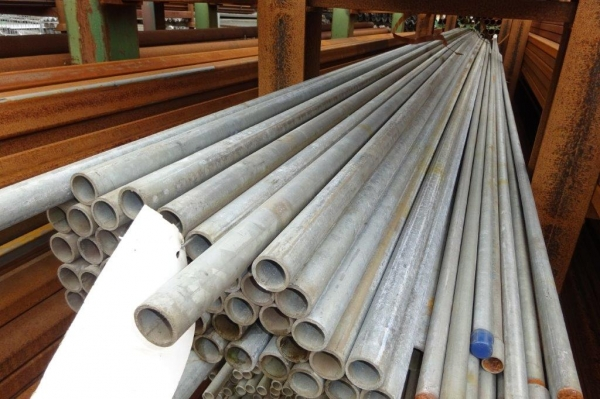6.400 Mtr Lengths of 33.7mm x  3mm  Clean Galvanised Steel Tube - Handrail -  Drainage - Water Pipe