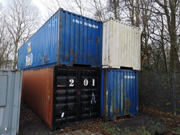 40 ft Long 8 ft Wide  Steel Storage Container Second Hand - Store