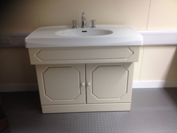 Second Hand Vanity Unit Complete With Selles Sink Wash Basin Bathroom Sink U Ebay