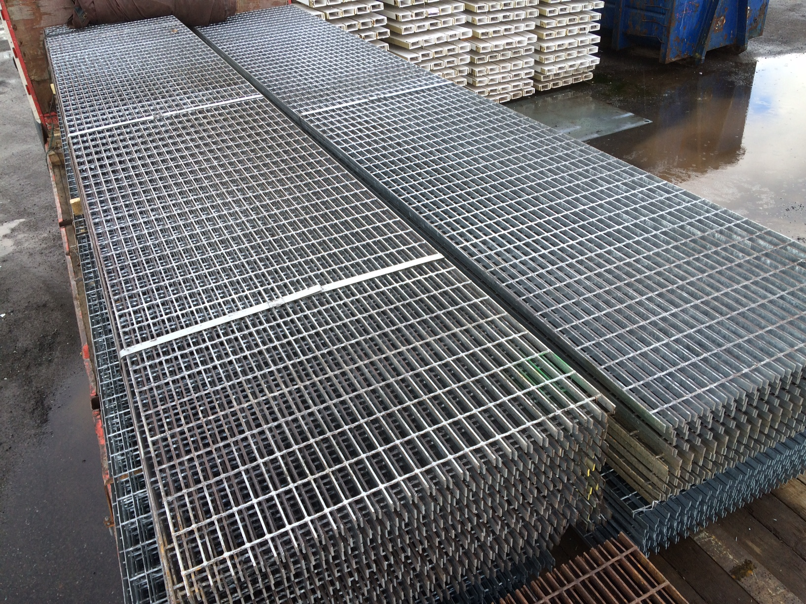 Floor Forge Walkway Galvanised Steel Grating 6.000mtr x 1 ...